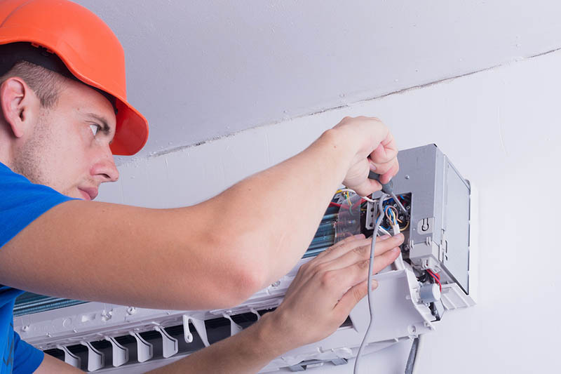 an AC Installer in Hollywood